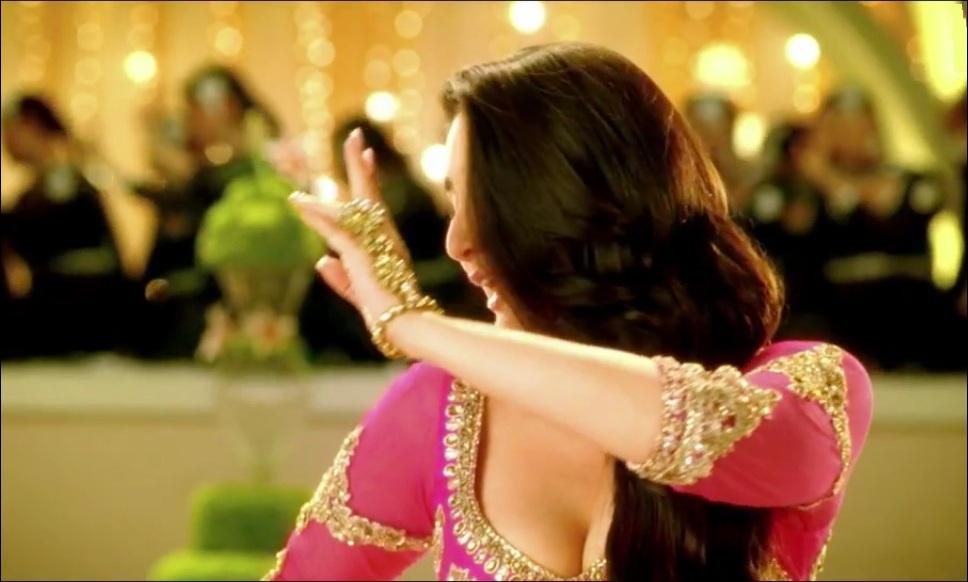 Dil Mera Muft Ka Lyrics, Mp3 & Video Song