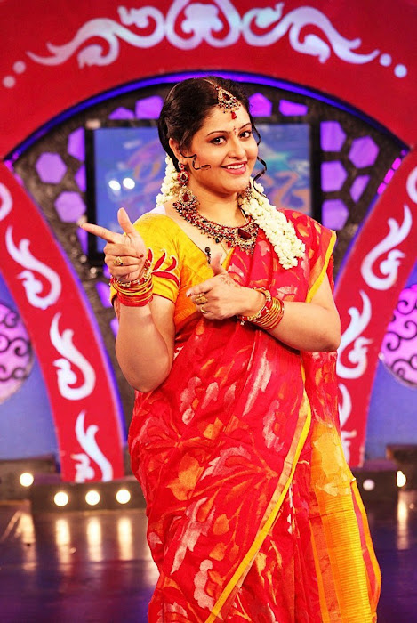 ri in saree at zee photo gallery