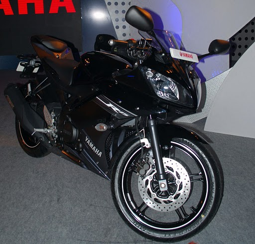 Modified R15 V2 http://r15modifications.blogspot.com/2011/09/yamaha-r15-v20-hd-pics.html