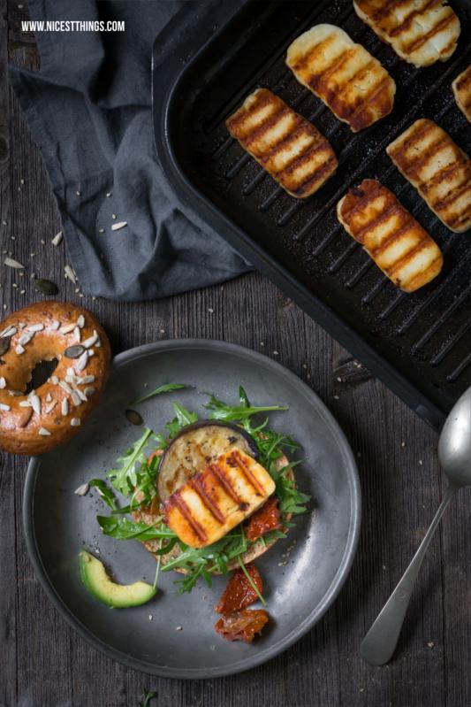 Avocado Bagel Rezept mit gegrilltem Halloumi #bagel #halloumi #grillkäse