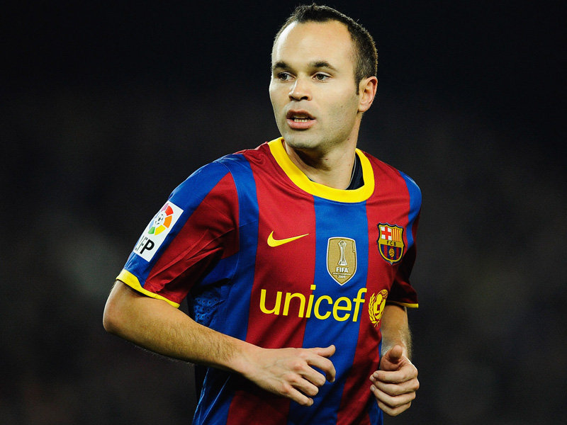 8 images of Andrés Iniesta, footballer of FC Barcelona ...