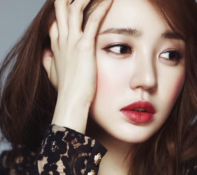 http://1.bp.blogspot.com/-IMQIdzQuC1s/U2GD7lA8zAI/AAAAAAAA6YI/bMJ0USRExy4/s1600/Yoon+Eun+Hye+-+High+Cut+Magazine+Vol.124.jpg