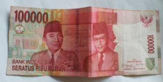 uang kertas seratus ribuan