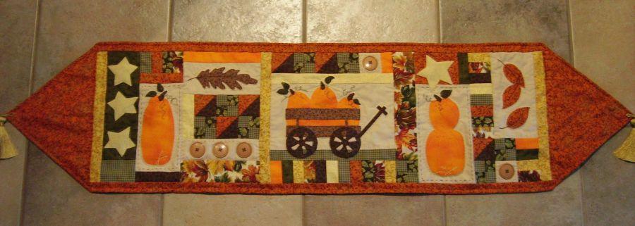 Autumn Vanilla Picture Autumn Table Runner Pattern