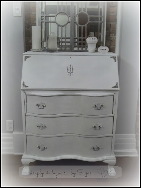 Shabby Chic Secretary - using Annie Sloan Pure White