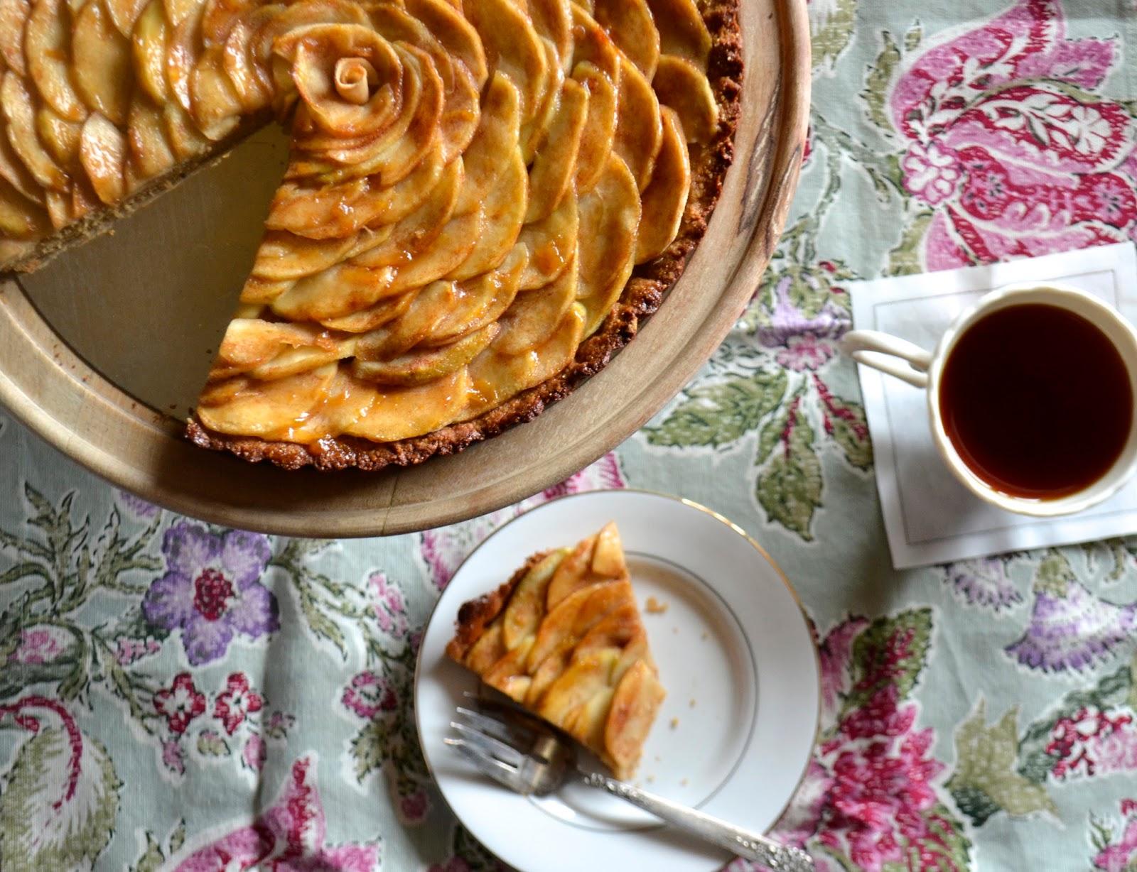 Paleo Crumbs: French Apple Tarte (grain free)