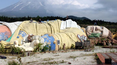Gulliver's Kingdom Abandoned Theme Park Seen On www.coolpicturegallery.us