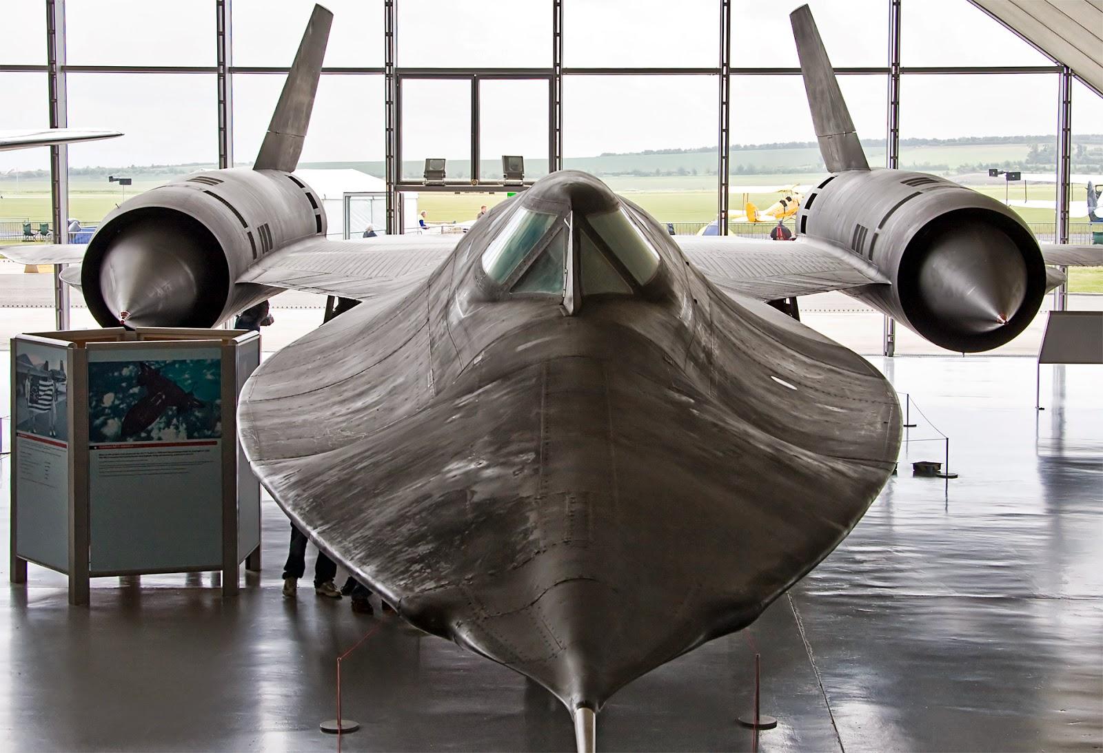 Avión SR71 fabricado en titanio