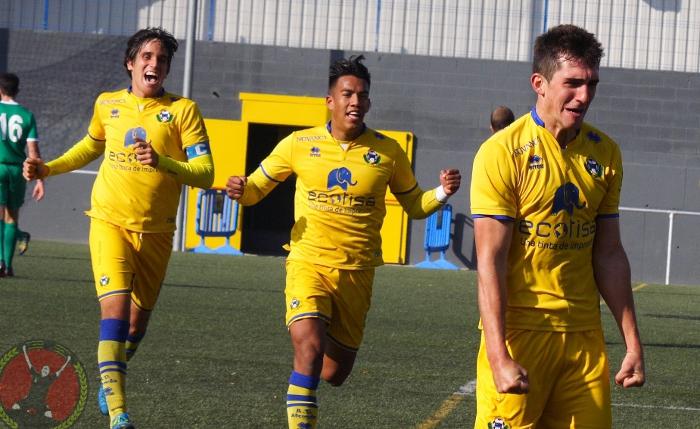 AD Alcorcón B: Octavio Airoldi celebra su gol