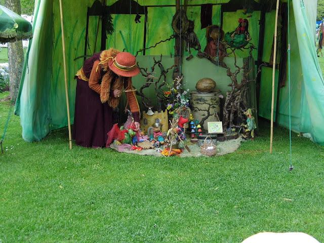 Puppet Show at the Medieval Festival at Gartenschau KL