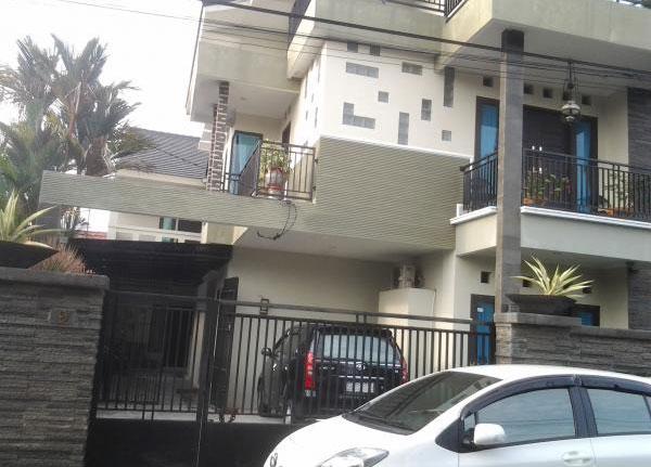 Kost untuk putri fasilitas non AC dan AC di kota Pekanbaru