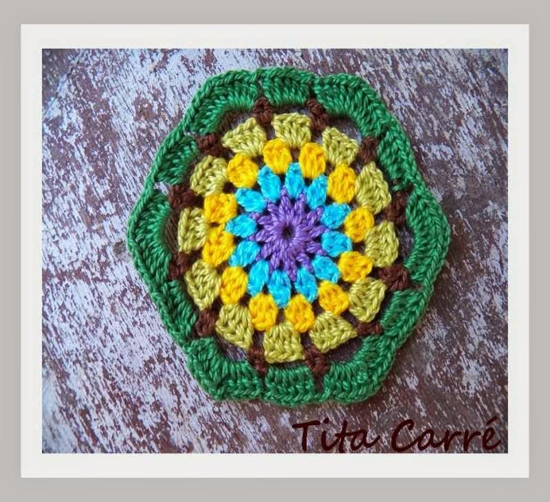 Porta copos em Hexágonos Multicoloridos em crochet