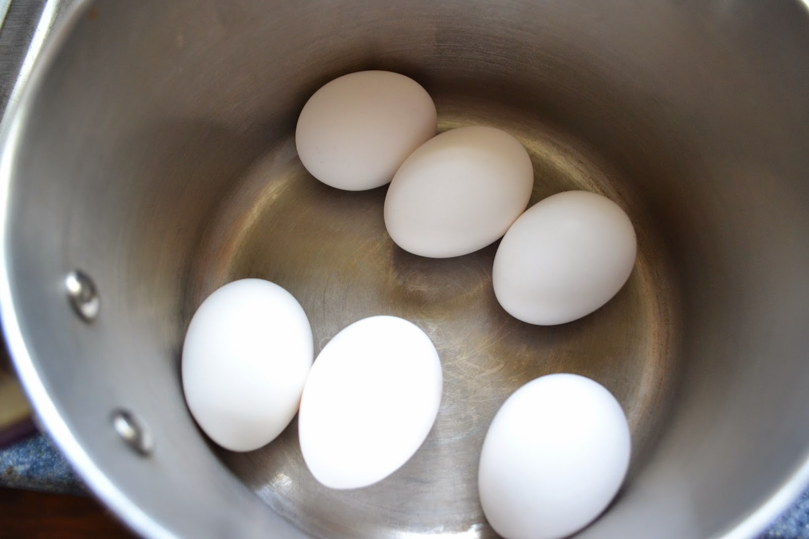 Cover Eggs With 12 Inches Of Cold Tap Water (cold Water Will Help Reduce  The Chance Of Eggs Cracking) (you Can Also Pour About 1 Tablespoon Of  Vinegar In