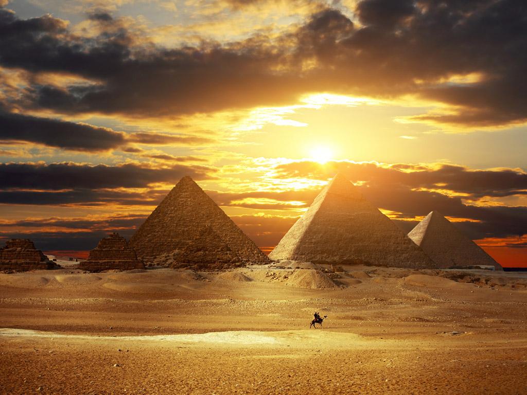 La P&225gina De Toni Las Pir&225mides En Egipto Atardecer