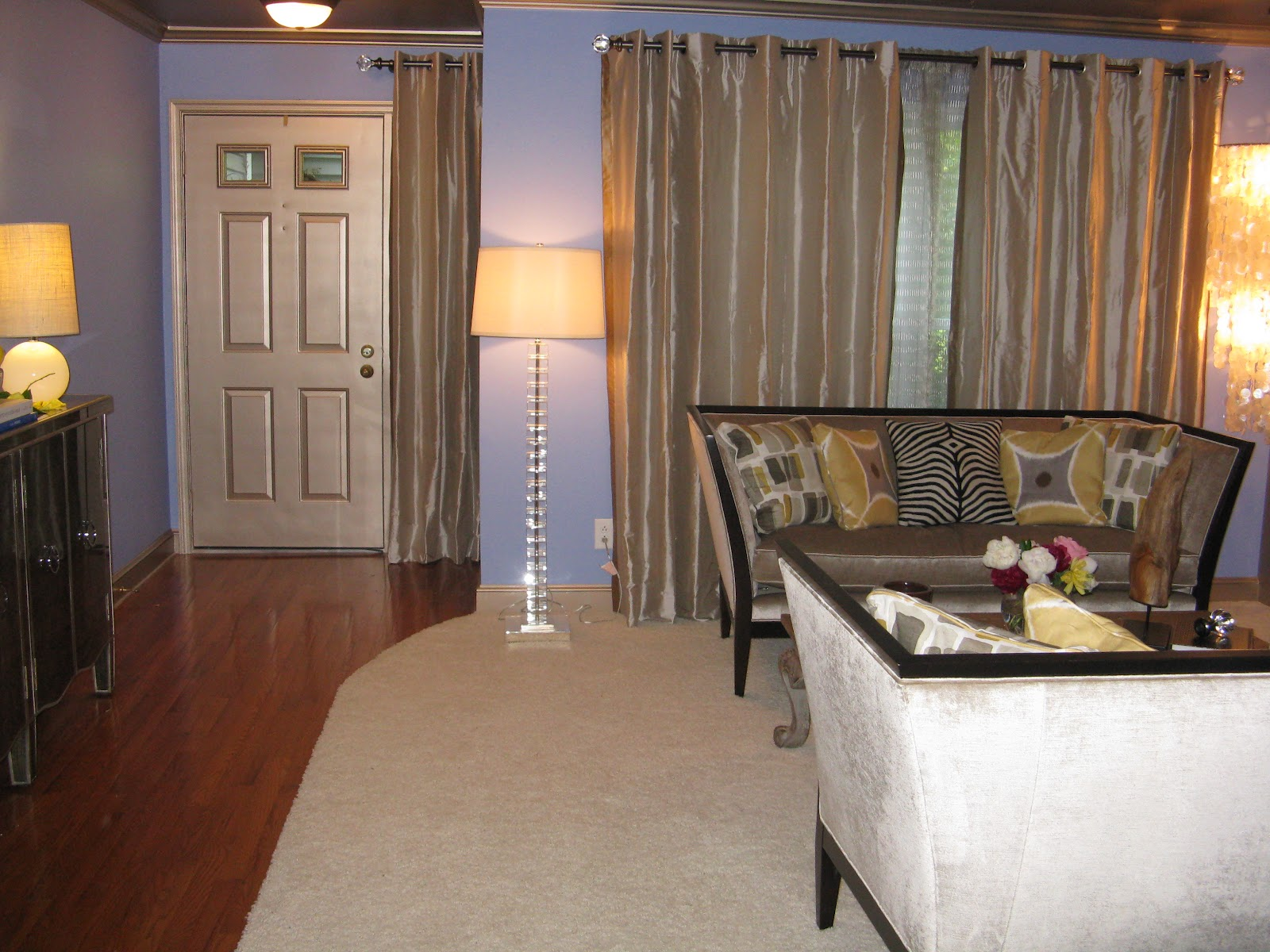 Maddiejhomedecor redecorating dining and living room for Redecorating living room
