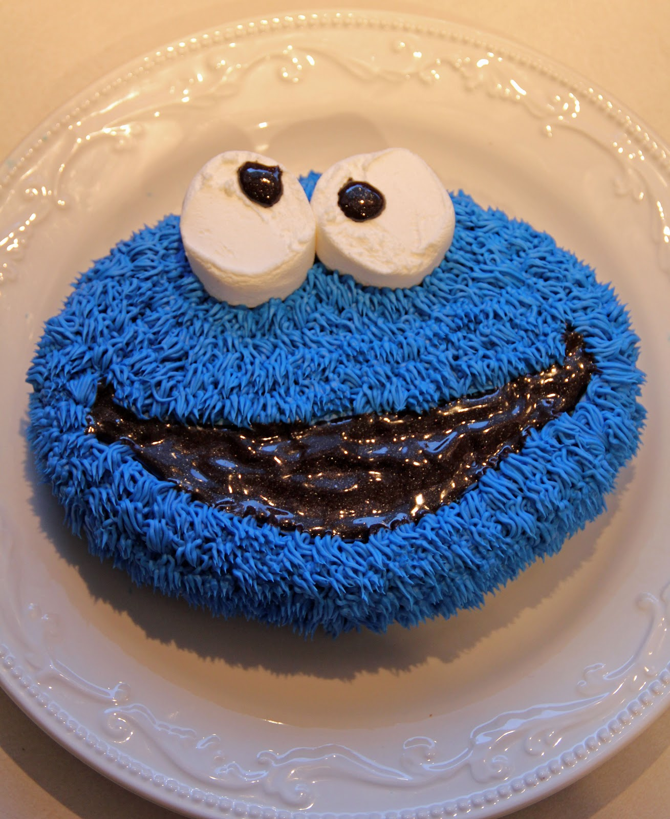 Jo and Sue: Cookie Monster Cake