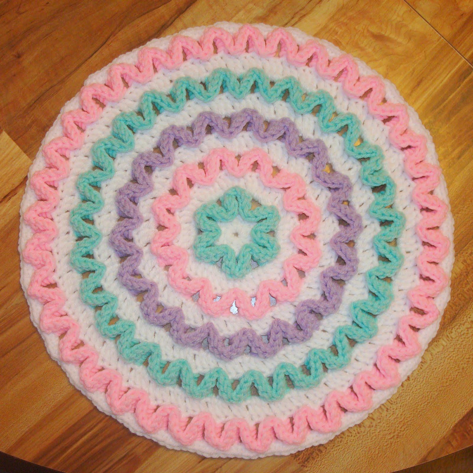 Best Free Crochet » Wiggly Hot Mat – Free Crochet Pattern