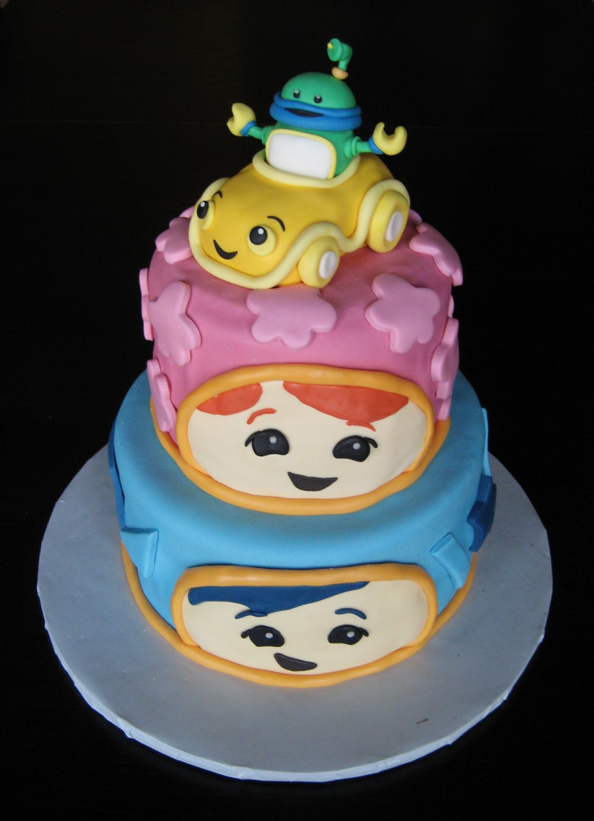 custom cakes by julie team umizoomi cake pictureTeam Umizoomi Cake