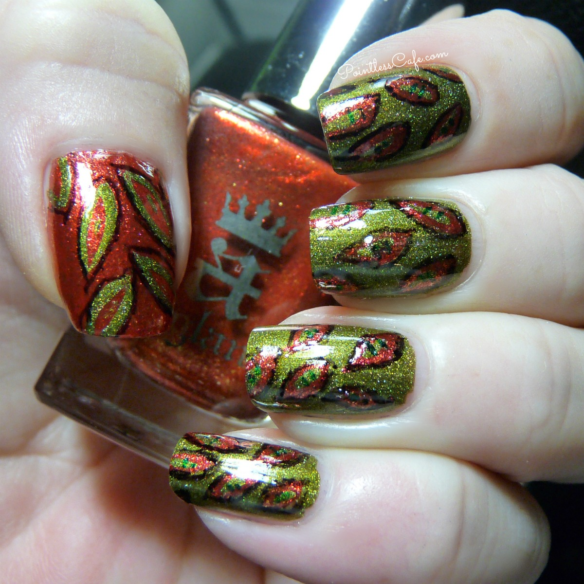autumn-leaves-nail-art