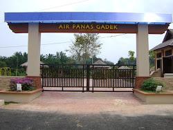 Klik : Air Panas Gadek