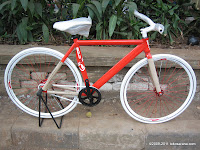 Made-to-Order Sepeda Fixie United Soloist 7 Alloy Frame 700C