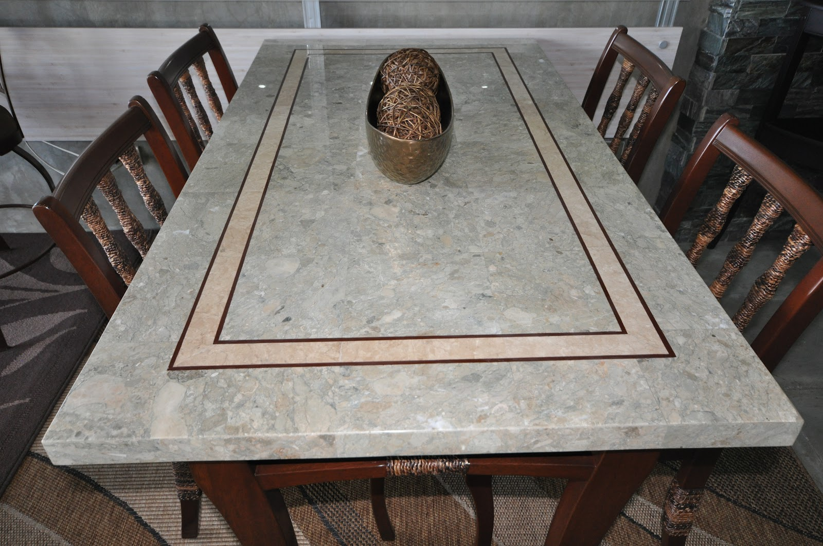 Impressive Dargo Design: Marble top Dining Table and wooden chairs - Villa Verde  1600 x 1063 · 344 kB · jpeg