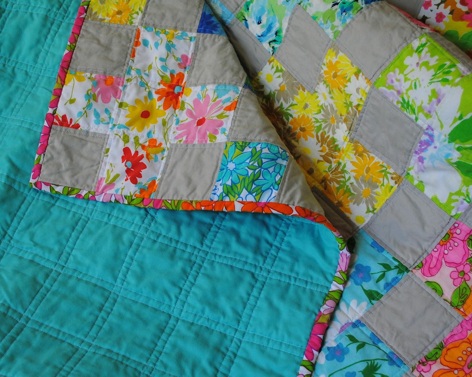 Hideaway Girl: Couple-O-Vintage Sheet Quilts : sheet quilt - Adamdwight.com