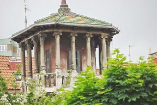 Gijón, edificio modernista de la plaza de Europa