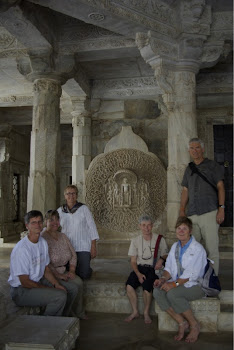 INDIA 2011: DWC Team inside the Jain Temple