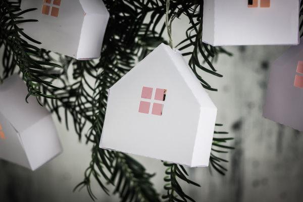 DIY Papierhaus zum Ausdrucken und Zusammenfalten