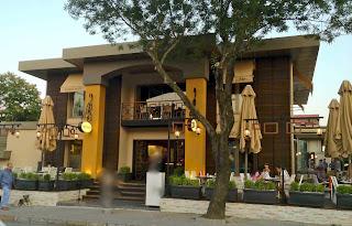 Cafe Cadde Etiler, Etiler, Nispetiye Caddesi