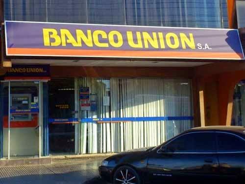 Banco Unión entrega en Trinidad 5,5 millones de bolivianos en créditos de vivienda social