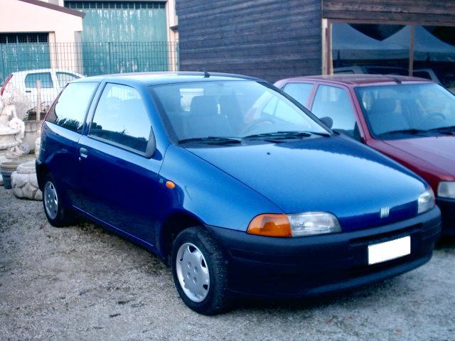 Devis99: Carmania 5 - La Fiat Punto on fiat seicento, fiat bravo, fiat ritmo, fiat x1/9, fiat doblo, fiat panda, fiat barchetta, fiat 500l, fiat multipla, fiat stilo, fiat cinquecento, fiat cars, fiat coupe, fiat linea, fiat 500 abarth, fiat 500 turbo, fiat spider, fiat marea,