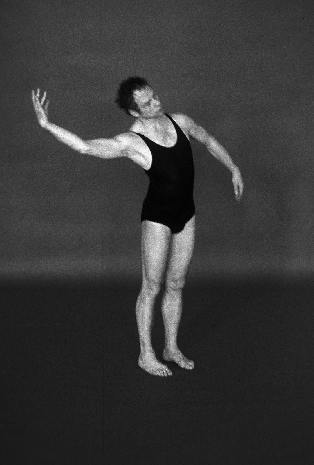 merce cunningham Merce cunningham was born on april 16, 1919 in centralia, washington, usa as mercier philip cunningham he is known for his work on deli commedia.