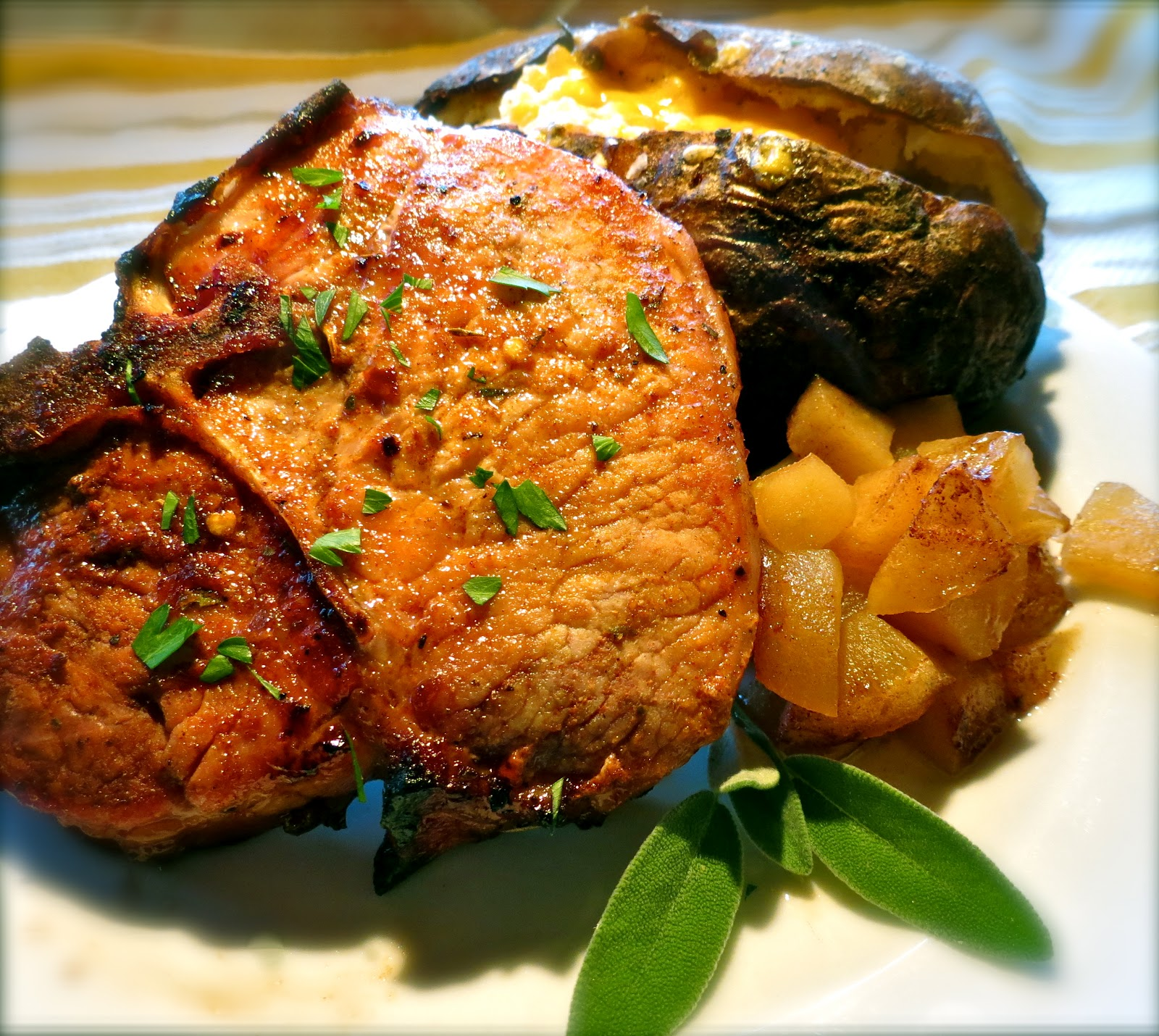 The Bee Cave Kitchen : Coca-Cola Pork Chops with Cinnamon Apples