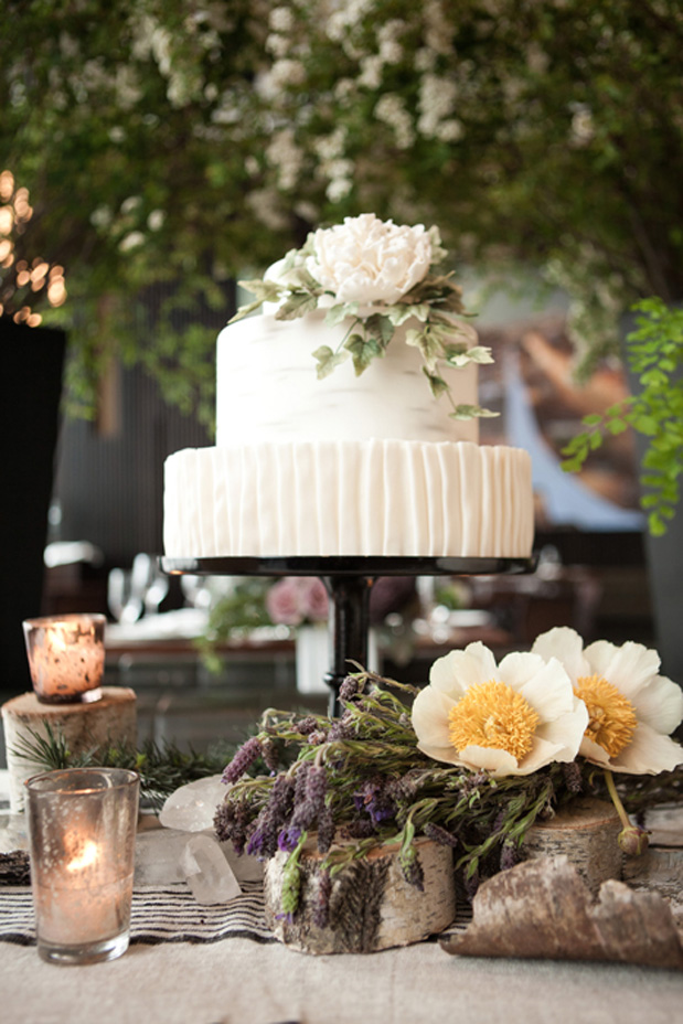 loli events rustic modern nyc new york purple black wedding