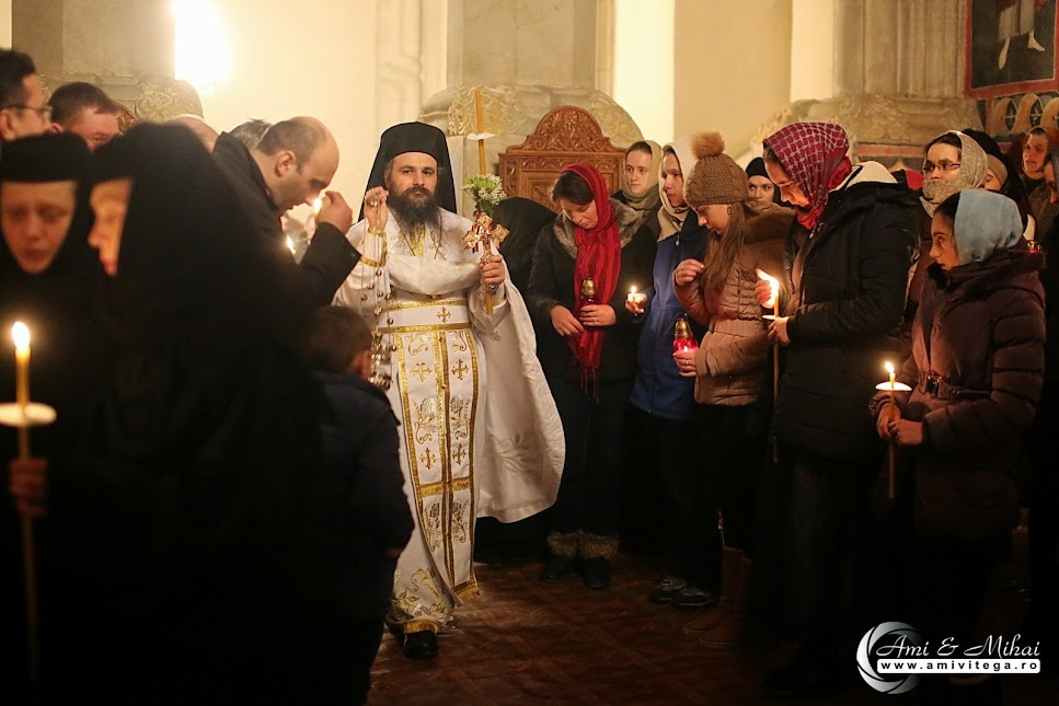 Sărbătoarea Învierii Domnului la Mănăstirea Dragomirna