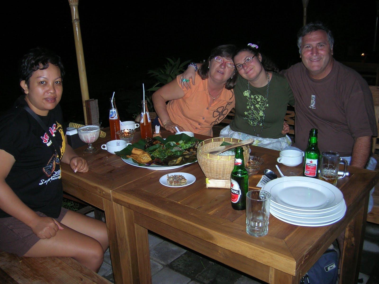 Restaurante balinés, Bali, vuelta al mundo, round the world, La vuelta al mundo de Asun y Ricardo