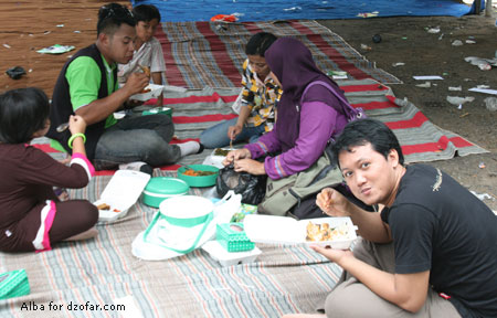 Makan-makan, lapar
