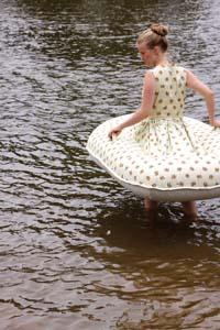 ボートドレス