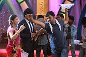 Kotha Janta Movie Working stills-thumbnail-6