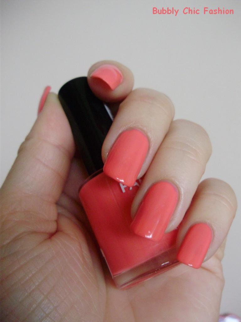 Farmasi lak za nokte nijansa 30 nail polish farmasi 30