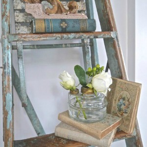 Chateau Chic share spring touches in her home.