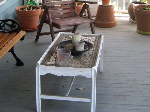 My gourmet kitchen how to revamp your old furniture and for Revamp coffee table