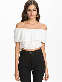 Accessorizing your Off-Shoulder Tops