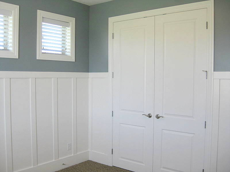 Lec Cabinets Board Amp Batten Wainscoting
