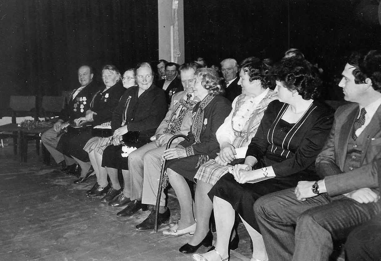 Pasākums Valles skolā par godu Oktobra revolūcijas 70. gadadienai - 2