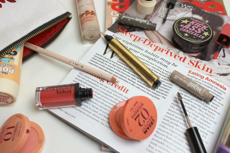 Weekend keepers, products for a radiant, healthy glow.
