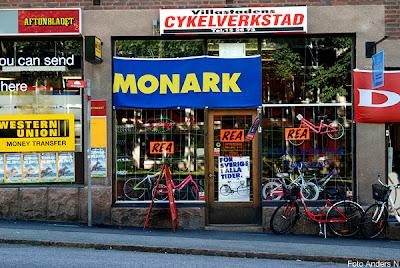 cykelaffär, borås, kungabesök, kungaparet, kungen och drottningen, silvia, monark, cykel, cykelreparatör, foto anders n