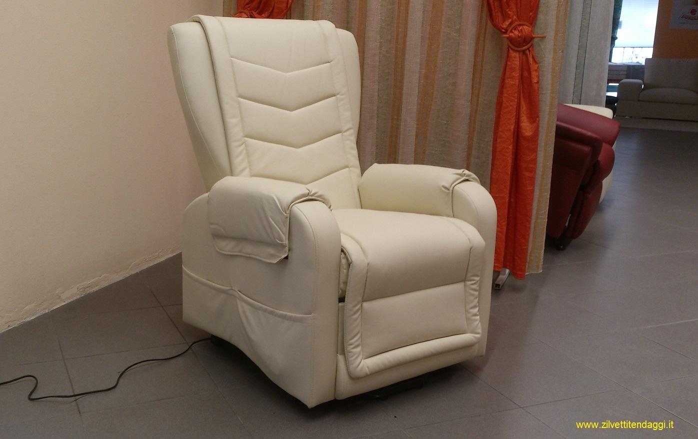 Tende materassi letti poltrone divani zilvetti tendaggi for Divani e divani poltrone relax prezzi